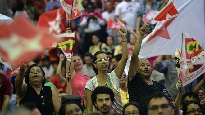 Simpatizantes del Partido de los Trabajadores de Brasil.