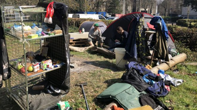Homeless people in tents in Cardiff & Cardiff homeless tents u0027encampmentu0027 clearance defended - BBC News