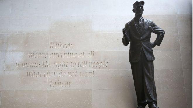 喬治奧威爾銅像
