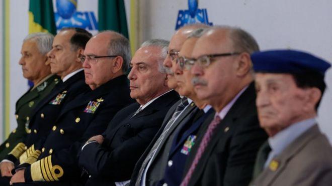 64781f85dc Como militares ganharam protagonismo inédito no Brasil desde a  redemocratização