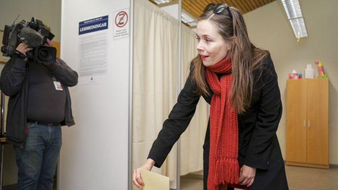 Ms Jakobsdóttir of the Left Green Movement