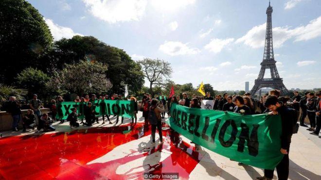 Các nhà tổ chức của phong trào Extinction Rebellion đã tuyên bố rằng công trình của Chenoweth đã truyền cảm hứng cho chiến dịch của họ
