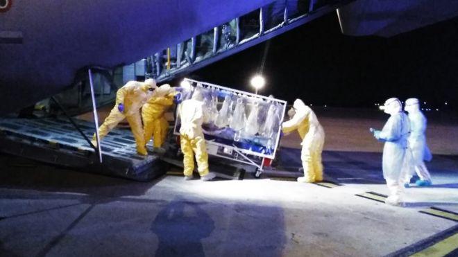 Atendimento emergencial a paciente na Itália, em foto de 19 de março