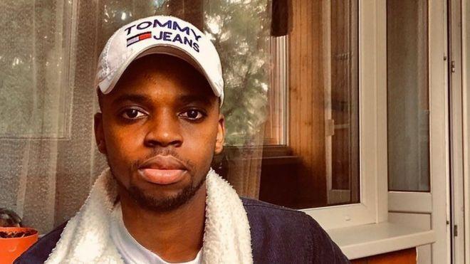 El estudiante Roy Ibonga
