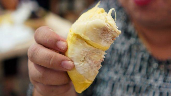 吃榴梿过不了醉驾测试引发中国网民热议