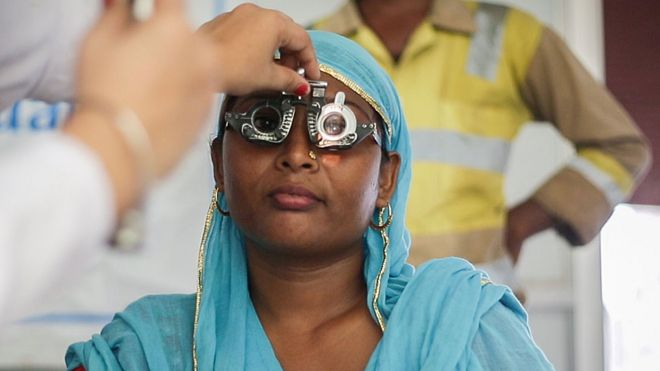 c04c7b8215 A pair of glasses to see a better future - BBC News