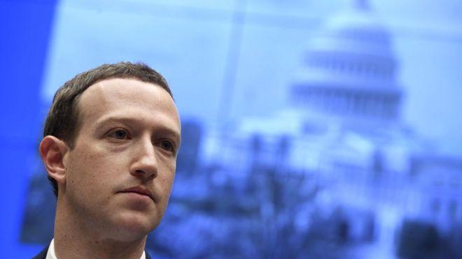 Facebook removes Trump ad over 'Nazi hate symbol'