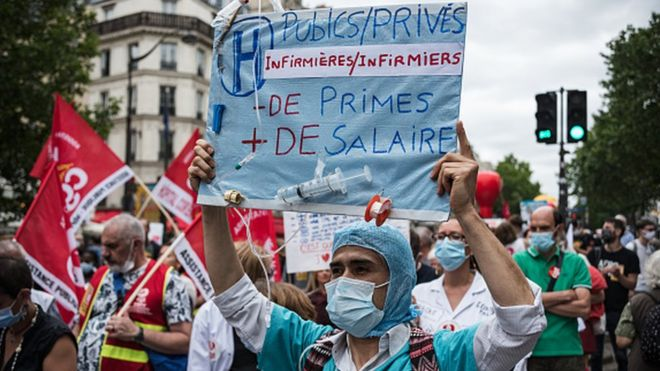 Doctors and nursing staff of the Paris Hospitals (AP-HP) demonstrated to demand more resources in Paris in June
