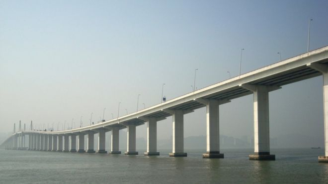 Stretch of the Hong Kong Macau bridge