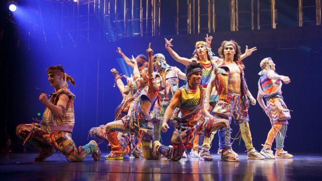 Muere Yann Arnaud, un acróbata veterano del Cirque du Soleil, por una caída durante un espectáculo