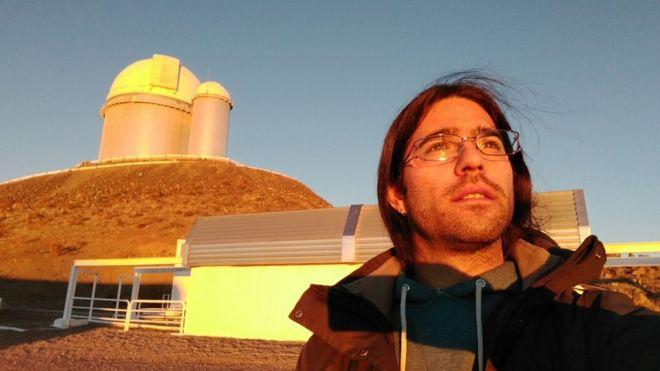Cómo el astrónomo chileno Nicola Astudillo lideró el descubrimiento de Ross 128 b