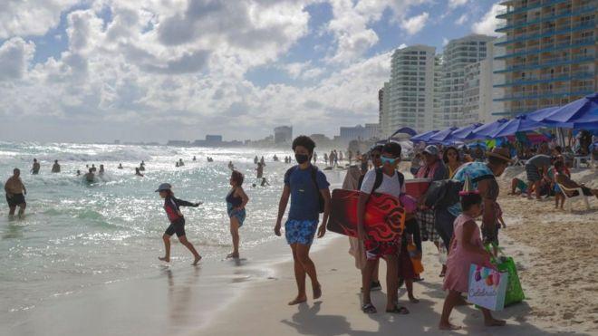 Playa de Cancun a finales de diciembre de 2020.