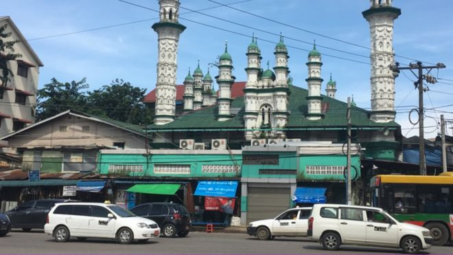 Mosque in Yangon (October 2017)