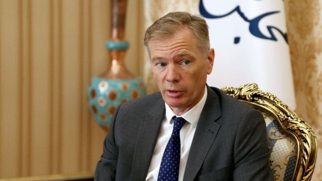 راب مکایر، سفیر بریتانیا