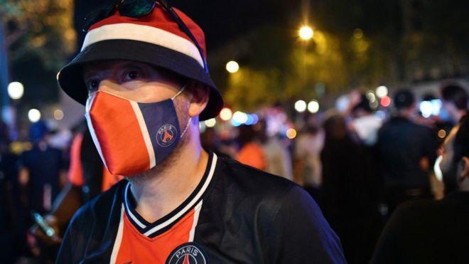 A PSG fan in Paris