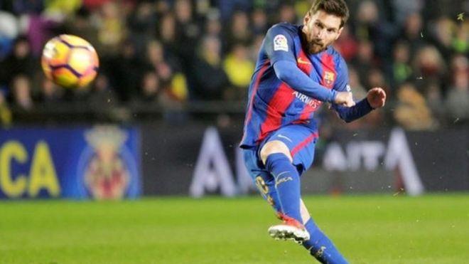 Barcelona za ta yi nazari kan kara wa Messi albashi - BBC