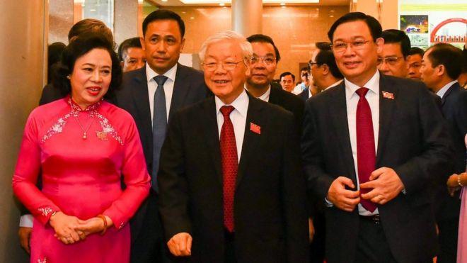 Tổng Bí thư và nhiều lãnh đạo tham dự Đại hội Đảng bộ Hà Nội