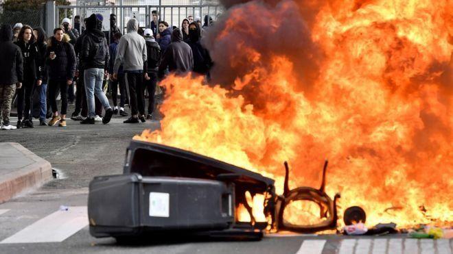 جلیقه زردها، اعتراضات فرانسه