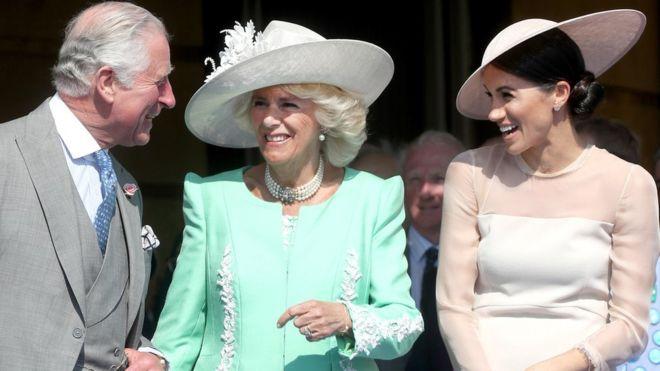 Принц Чарльз с Камиллой и Меган