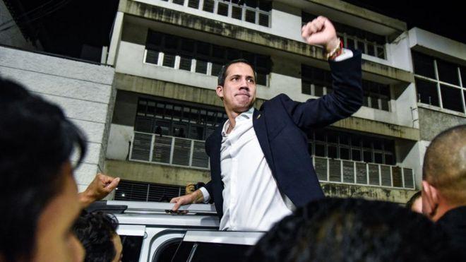 Guaidó dio un discurso a sus seguidores en Caracas.