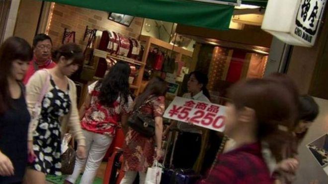 Số liệu cho thấy việc ăn cắp là hành vi phổ biến nhất trong tội phạm người Việt ở Nhật