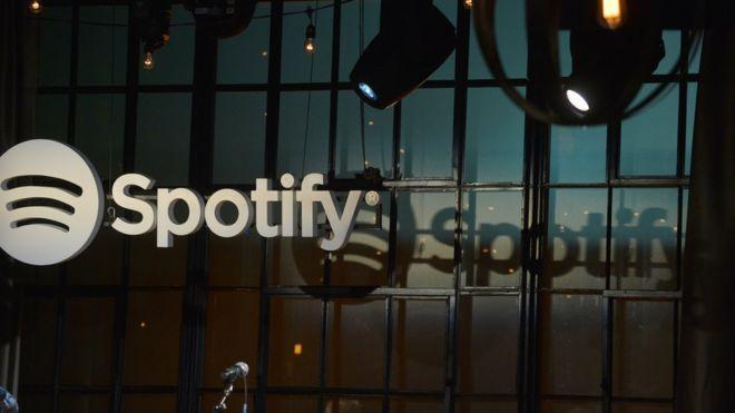Müzik satışının en büyük gelir kaynağı artık internet olacak
