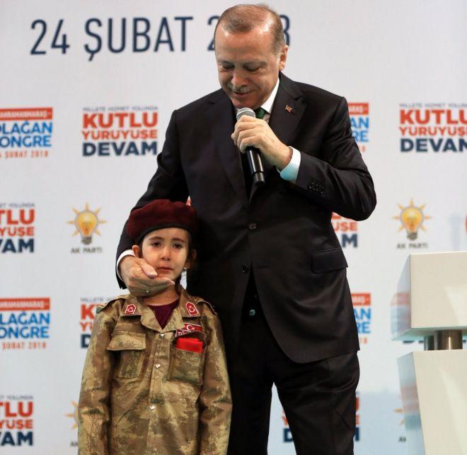 Turkey's Erdogan in row over 'girl martyr' comment on TV - BBC News