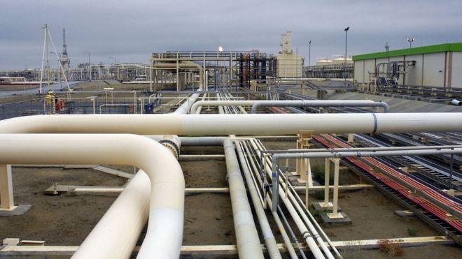BBC: Азербайджан экспортирует много газа, однако даже до жителей Баку он доходит не всегда