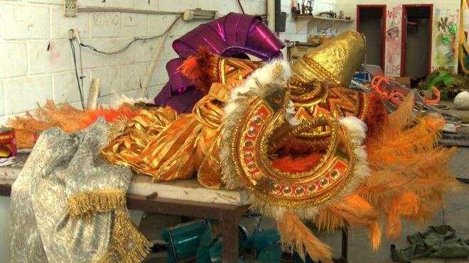 Карнавальные костюмы в Кабу-Фриу
