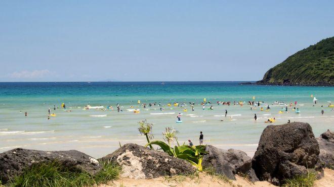 А после того, как экзамен сдан, можно расслабиться на пляже