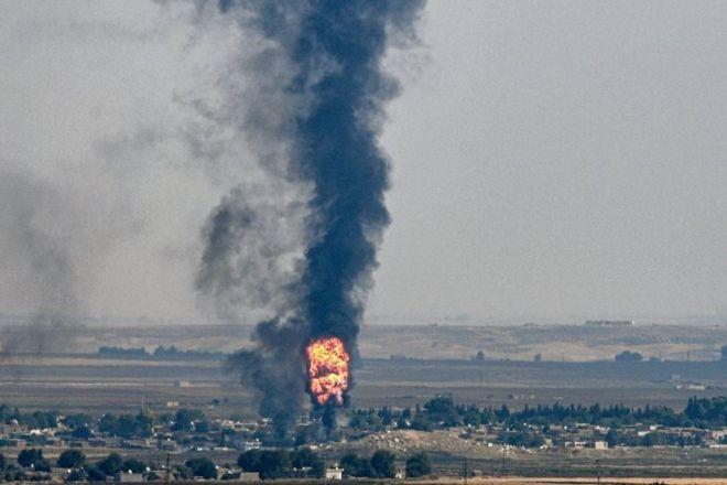 Ras'ul Ayn kentinden dumanlar yükseliyor