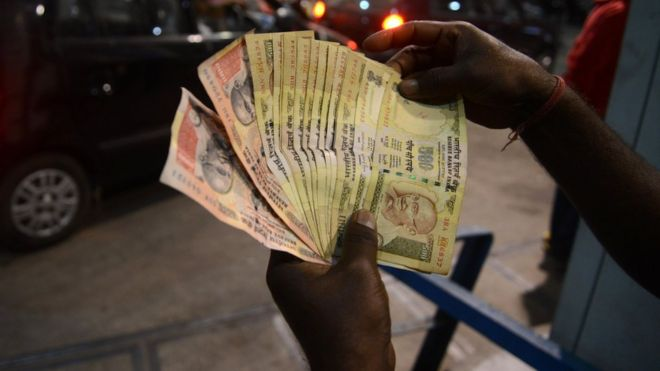 India scraps 500 and 1,000 rupee bank notes overnight - BBC News