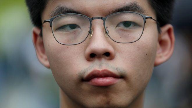 黃之鋒因涉「民主自決」被剝奪香港區議員參選資格