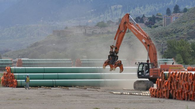 Trans Mountain: Canada approves $5 5bn oil pipeline project
