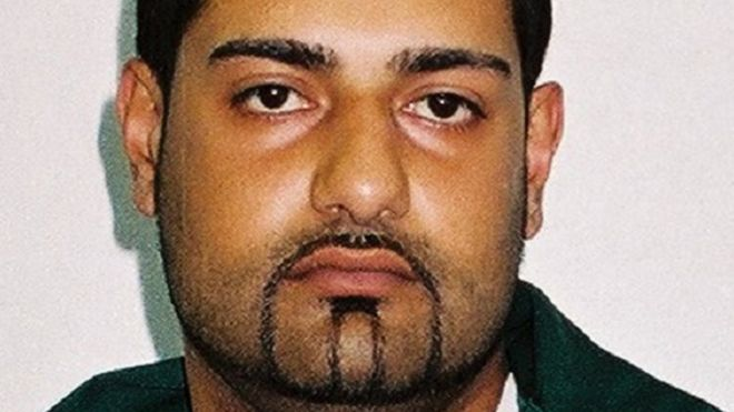 Telford grooming gang leader back behind bars - BBC News