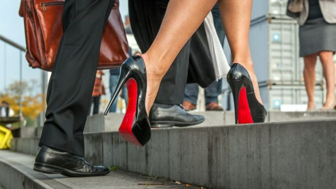 30ebb0ff224 Louboutin faces setback in EU legal battle over red soles - BBC News