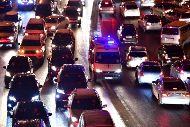 """Российские """"скорые"""" переводят на аутсорсинг. Водители протестуют"""