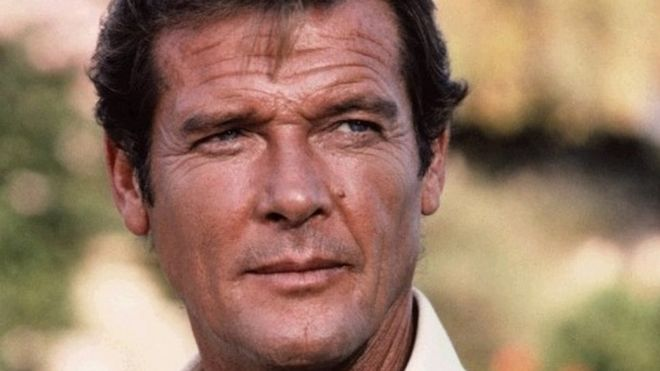 sir roger moore james bond actor dies aged 89 bbc news