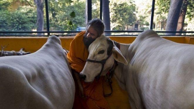 Boqolkiiba 80 dadka Hindiya waxay aaminsan yihiin diinta Hinduga
