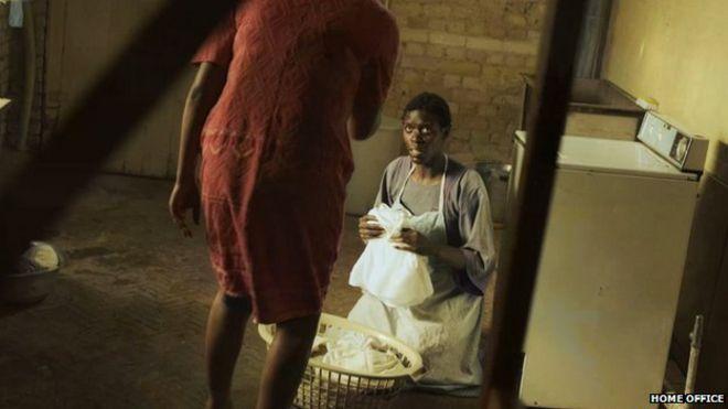 Изображение из телеобъявления Министерства внутренних дел против рабства