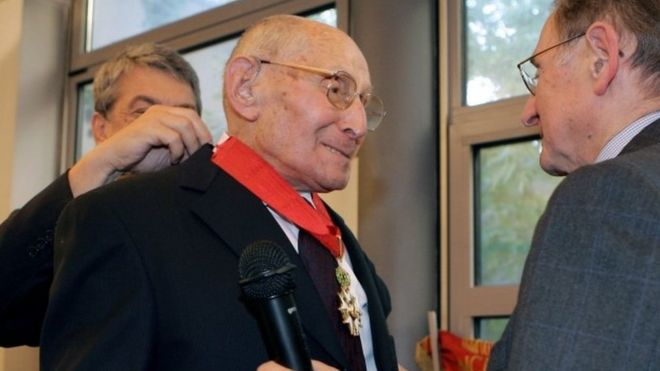 Georges Loinger receives the Legion d'Honneur