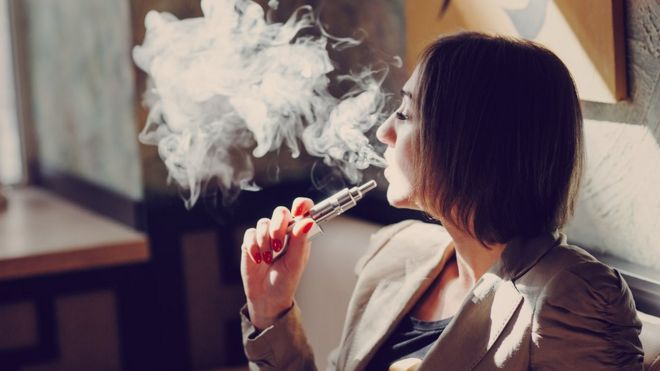 Vaping 'can damage vital immune system cells' - BBC News