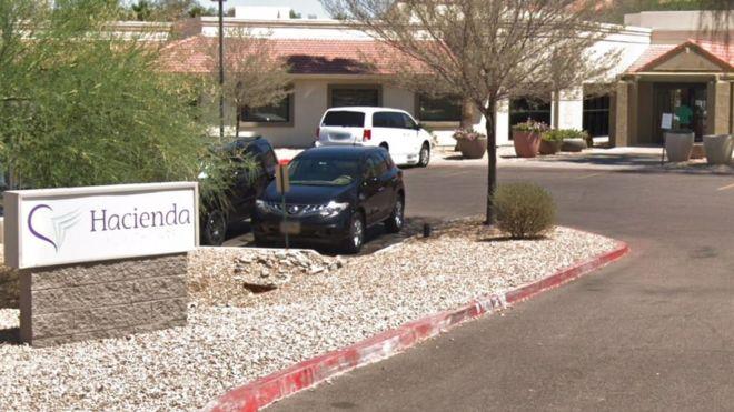 Edifício da clínica Hacienda HealthCare, em Phoenix