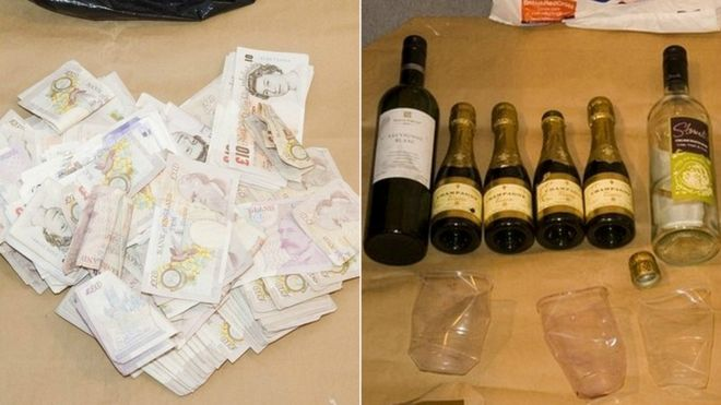 Банкноты и напитки