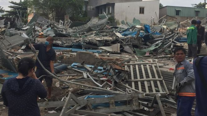 Khoảng 10 khu nhà trong khu vườn rau Lộc Hưng đã bị đập phá hoàn toàn