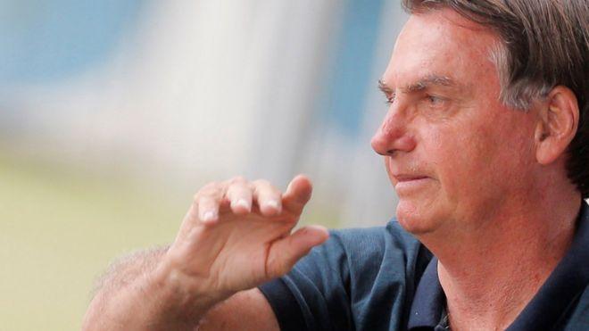 Jair Bolsonaro chega ao Palácio da Alvorada