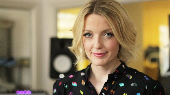 176ceaf7 Lauren Laverne to present 6 Music breakfast show - BBC News
