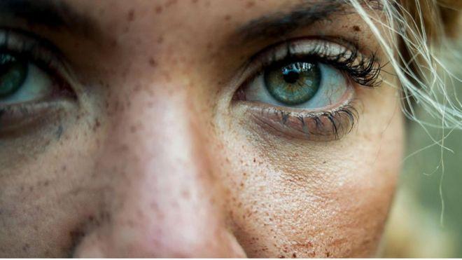 Olhos de mulher