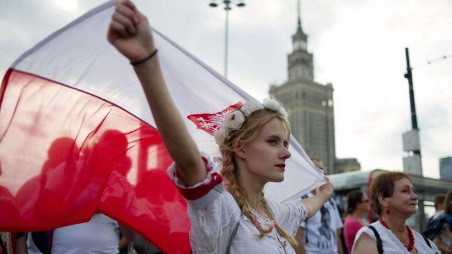 لماذا يكرة البولنديون الالتزام بالقواعد؟