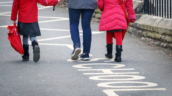 Coronavirus: Pupils begin return to the classroom